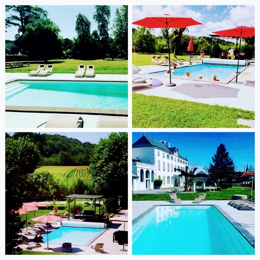 Espace détente piscine et parc du château